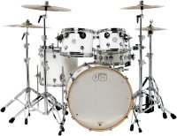 DW Performance Series Kit 5-PIECE SHELL PACK MAPLE SNARE (Gloss White) Ударная установка